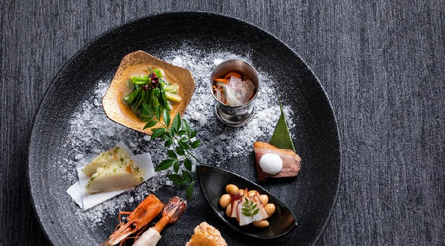 旬の味と全国各地の名物料理「もりの風茶寮」 お食事